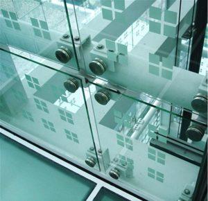 شیشه نشکن ساختمانی